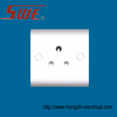 Unswitched BS 546 Socket