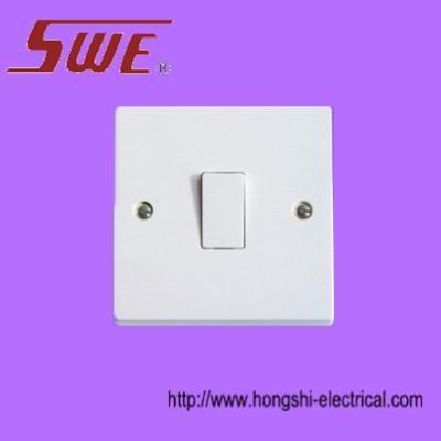 Intermediate switch