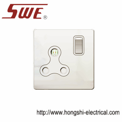 1 gang BS546 socket 15A