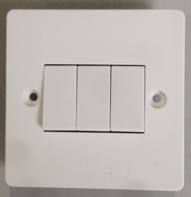 3 Gang Plate Switch 10AX 250V