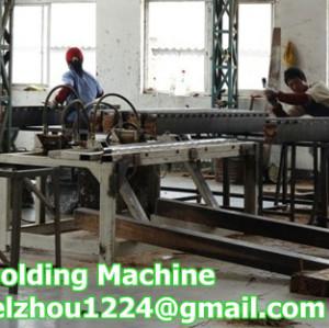 Demolding Machine