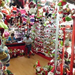 YIWU CHRISTMAS DECORATION MARKET