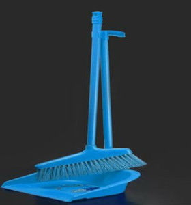 New long handle plastical broom with handle hot selling broom 5013