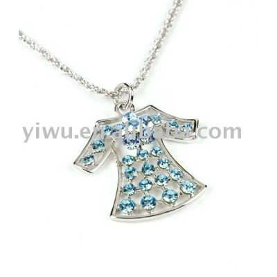 dress crystal stone pendant