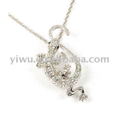 Gecko shaped pendant