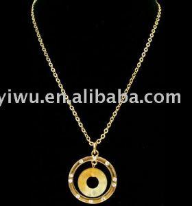 white rhinestone Onyx donut necklace