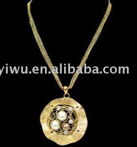 18K gold rhinestone pearl necklace