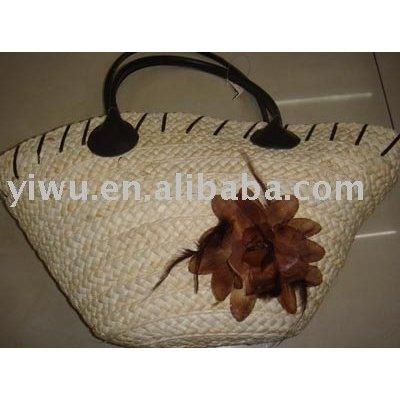 Lady straw bag