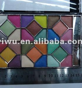 plate eye shadow