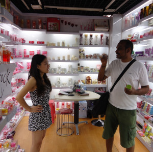 Yiwu Gift & Craft Items Market