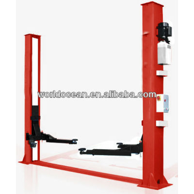 Double cylinder hydraulic lift