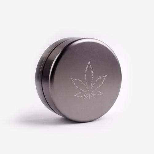 Dry herb grinder in alluminum