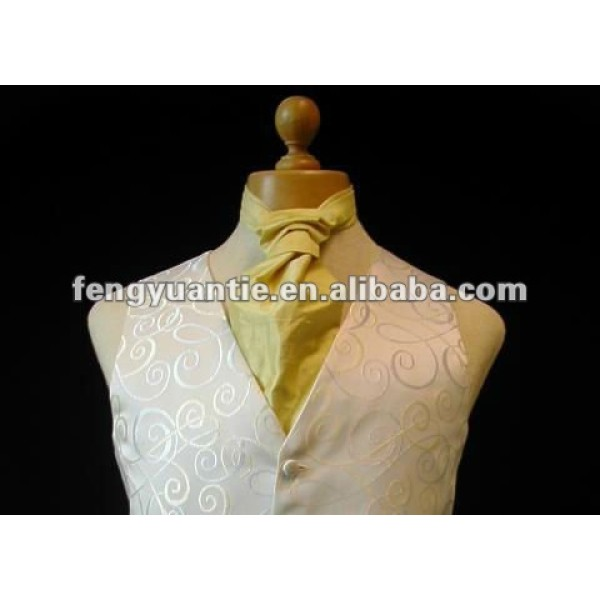 Men`s white paisley wedding suit vestwedding suit vest