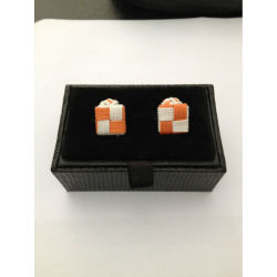 Knot cufflink display box