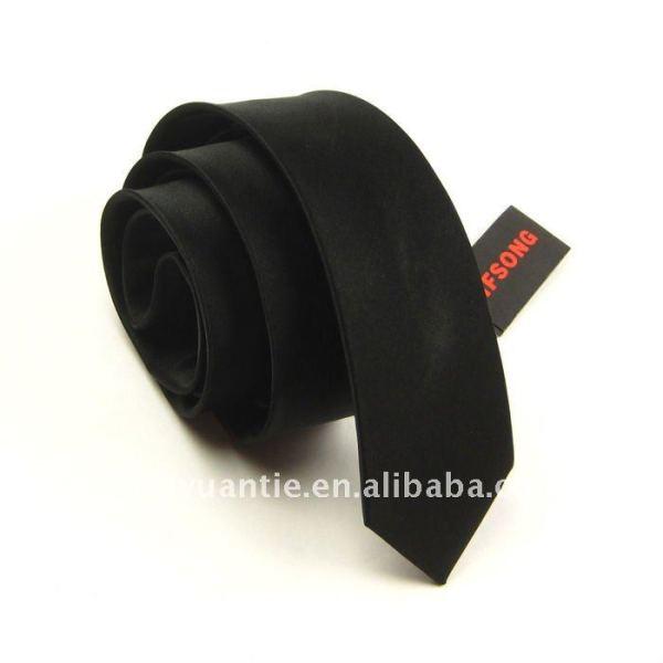 normale schwarze Uniformriegel