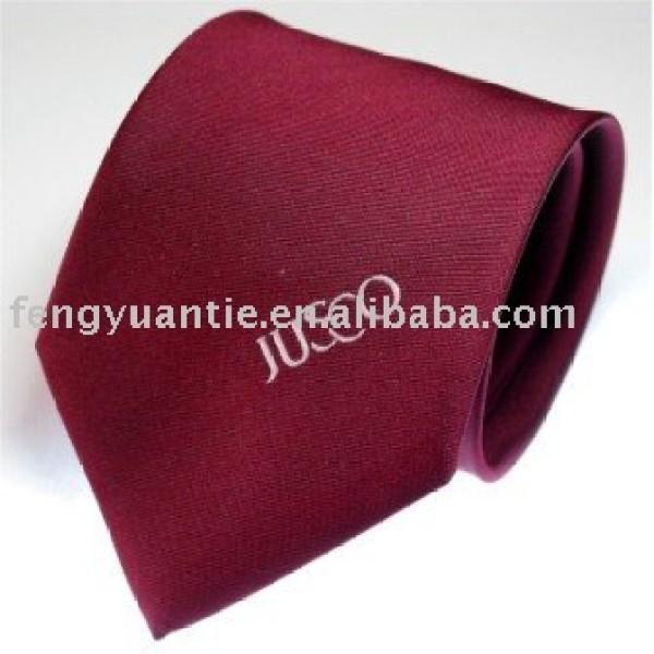 cravates de coutume tissées par soie
