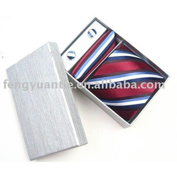 pañuelo corbata gemelos