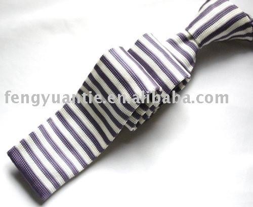 gestrickte Krawatte