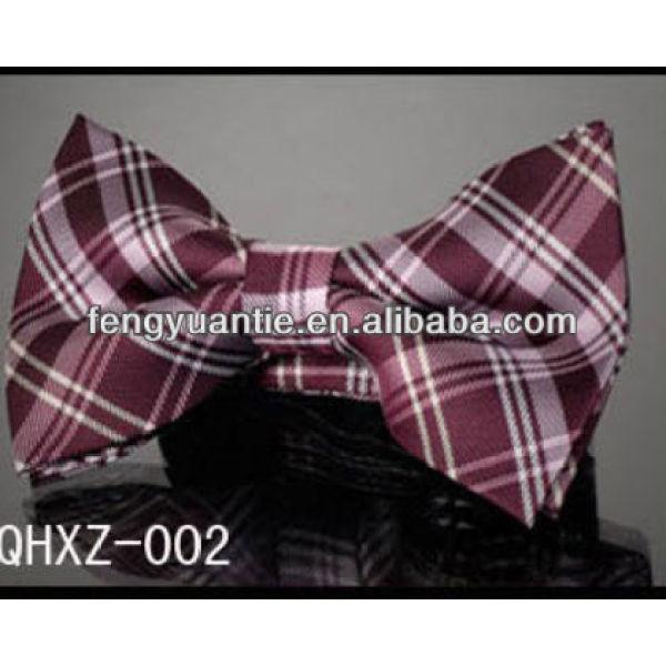 Elegante mens formale controllato papillon, auto papillon di seta cravatta