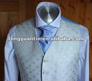 normale hellblaue silk Ascotriegelkrawatte