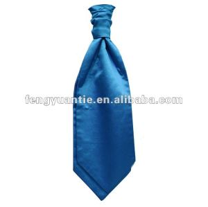 normaler apfelgrüner silk Ascotkrawatteriegel