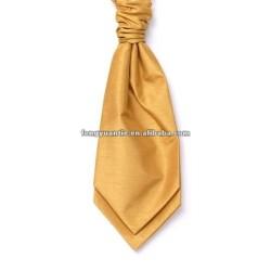 llanura de color verde manzana un tie cravat