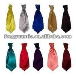 paisley rojo de seda ascot cravat cuello corbata de desgaste