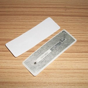 NFC手机支付IC卡芯片14443A 13.56MHz RFID不干胶电子标签55*17MM