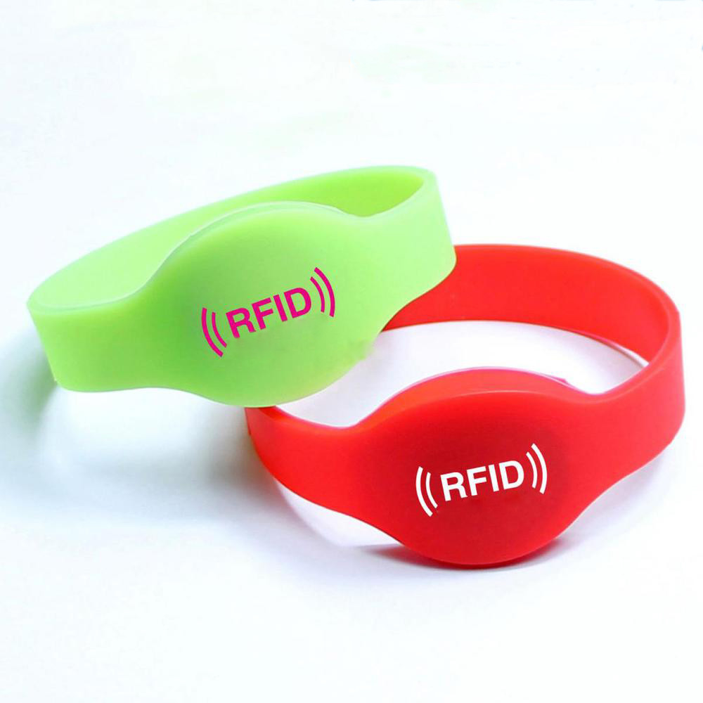 with wholesale bracelet control cards card wristband rfid product for security tag silicone access chip