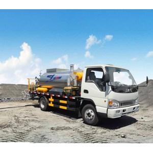 Camión distribuidor de asfalto estándar