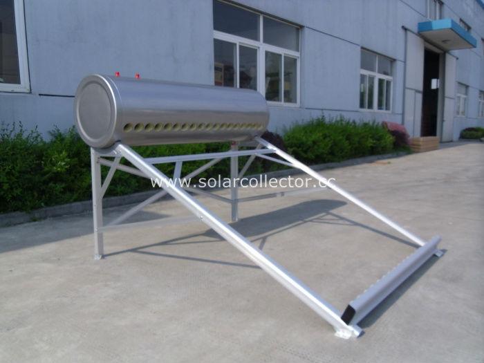 統合されたダイレクト太陽熱温水器プラグ