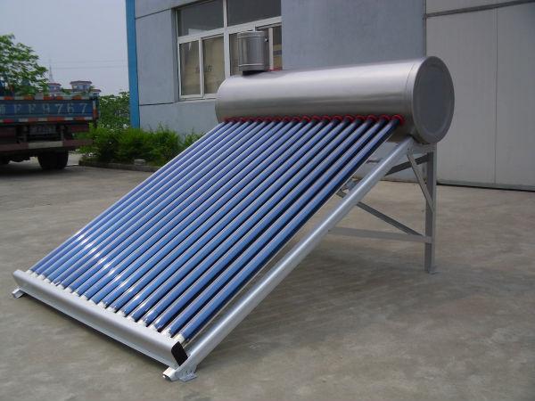 ステンレス鋼は、 太陽熱温水器