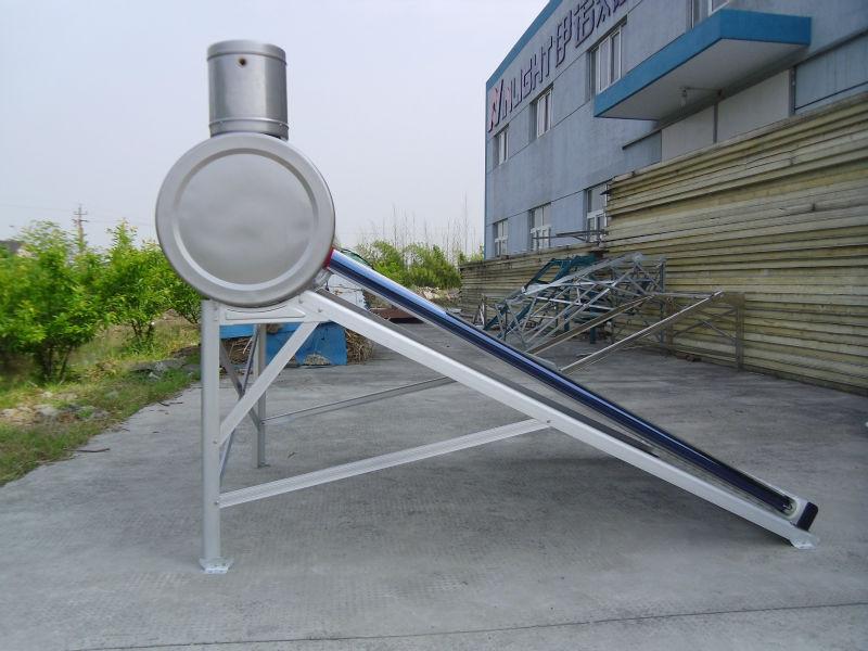 低圧ソーラー間欠泉