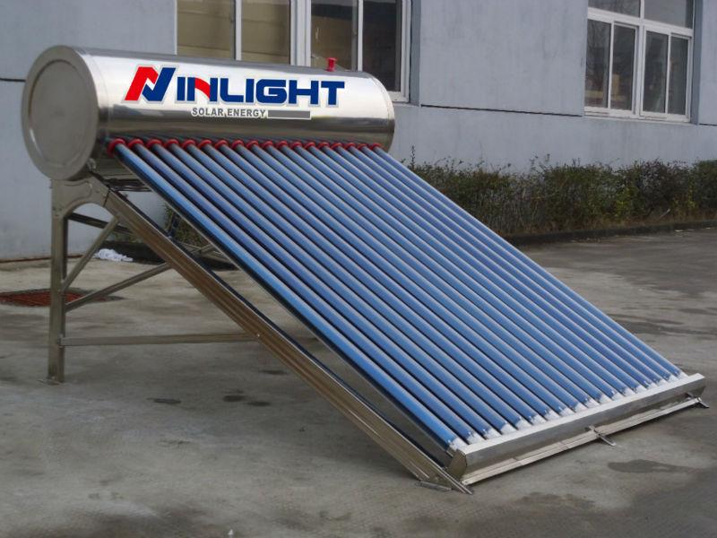 国内のカラー鋼太陽熱温水暖房システム
