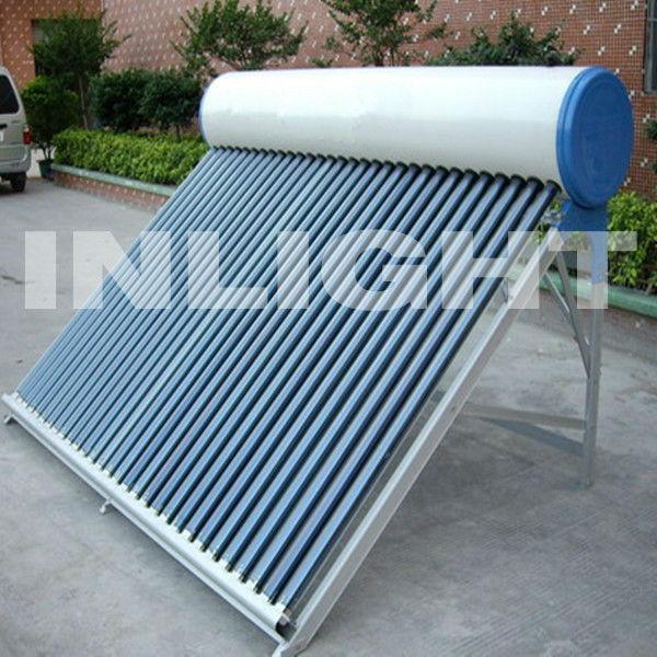 統合された非- 加圧された太陽エネルギー温水器