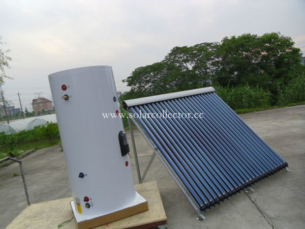 Separate pressurized solar water heater with heat pipe collector