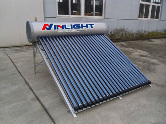 Pressurized Heat Pipe Solar Thermal Collector