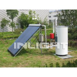Split heat pipe solar swimming pool system
