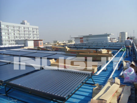 low pressure solar energy heating system with evacuated tubes