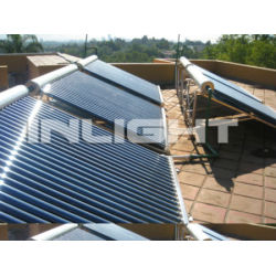 solar water heating system with low pressure solar collector