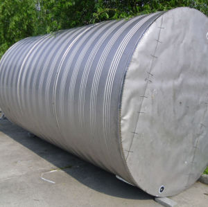 large storage water tank with Insulation medium