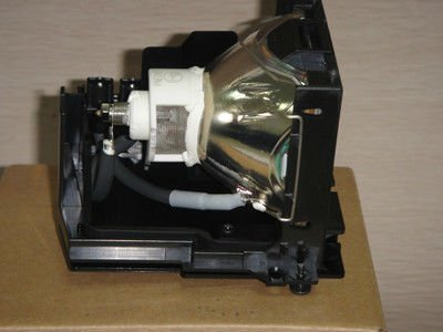 La lámpara del proyector dt00601 para hitachi cp-hx6300
