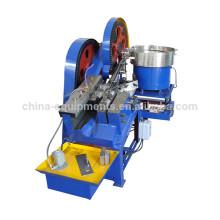 de la máquina para la fabricación de tornillos y tuercas