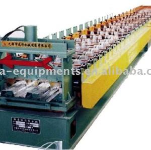 la couleur du plancher planche en acier faisant la machine