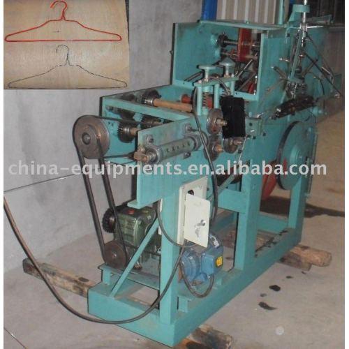 cintre de fil machine