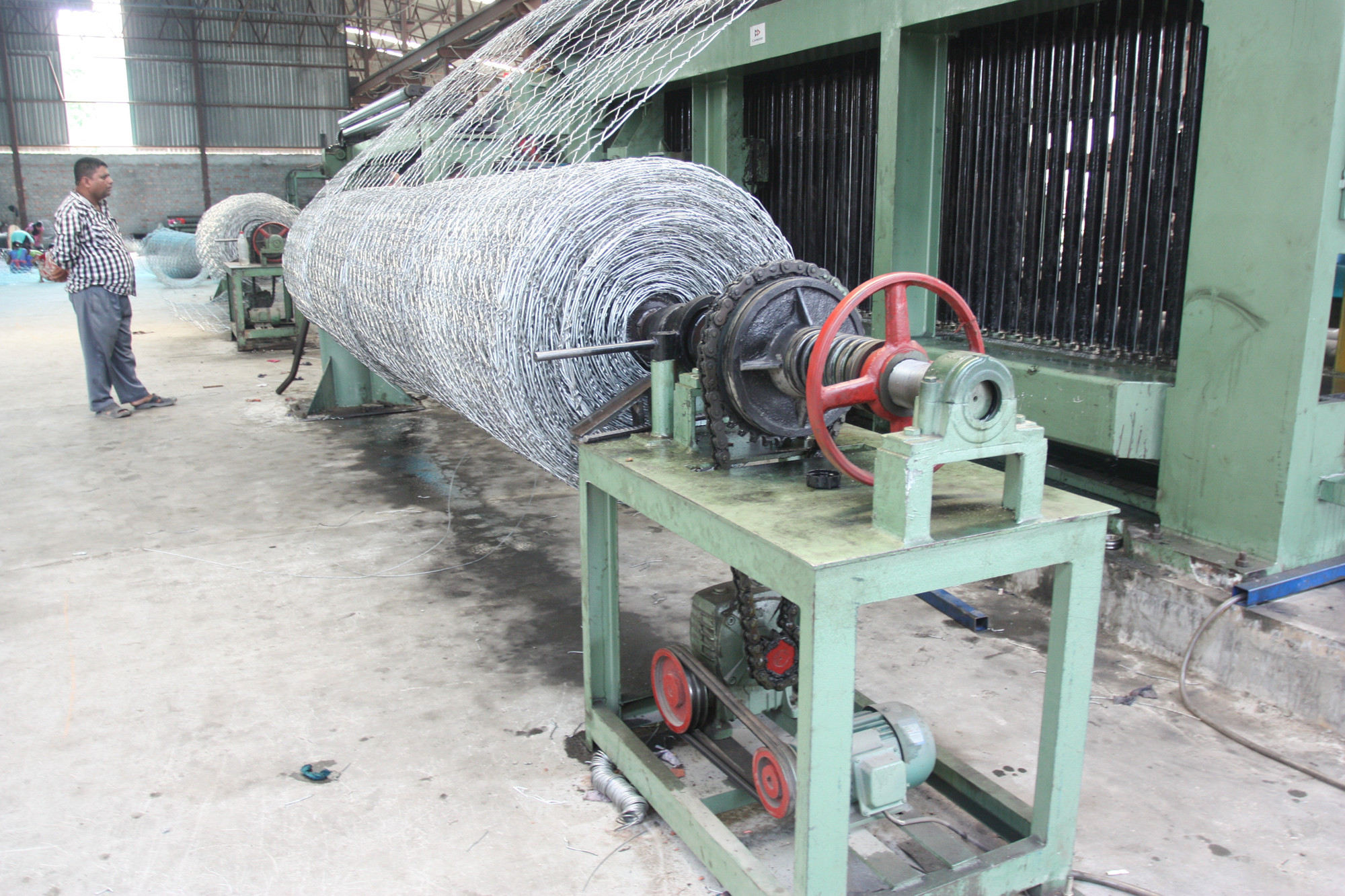 netting-roll-winding-machine