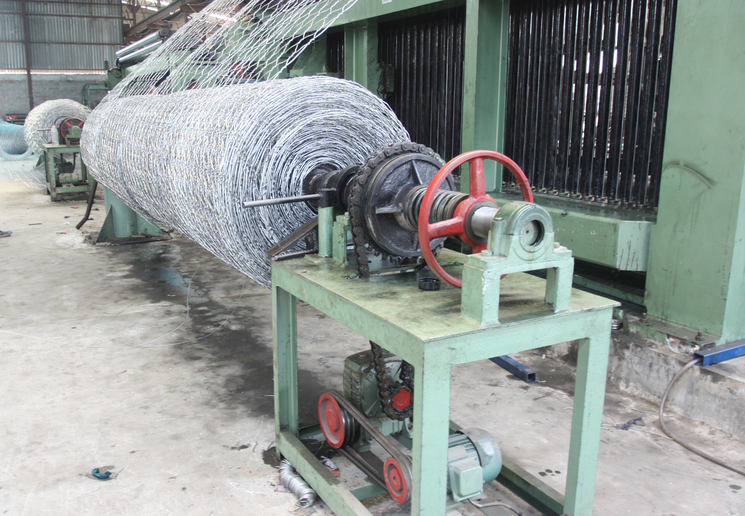 netting roll winding machine