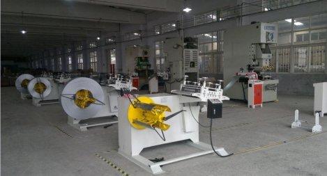 大きながラインをパンチングdecoiling鋼機、 モデル: mt-f