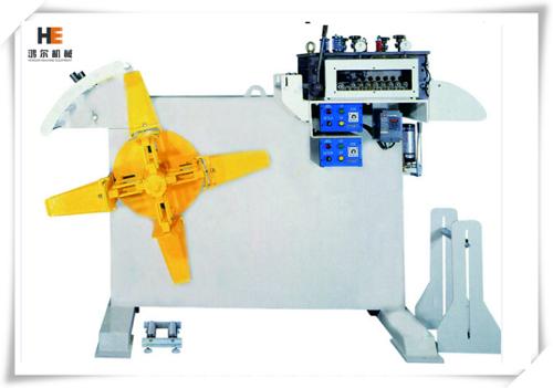 آلة مدمجة لفلطحة وتقويم اللفائف المعدنية (آلتان مدمجتان في آلة واحدة)