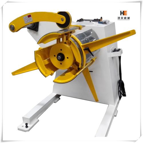 مصنع آلات تشكيل في الهند